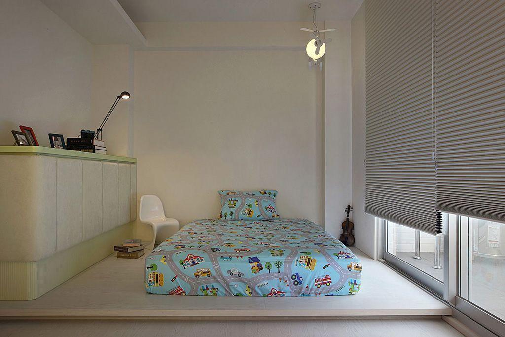 时尚后现代风 儿童房折叠窗帘装饰