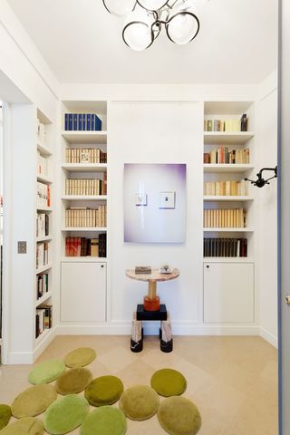 纯白北欧风书房书柜效果图