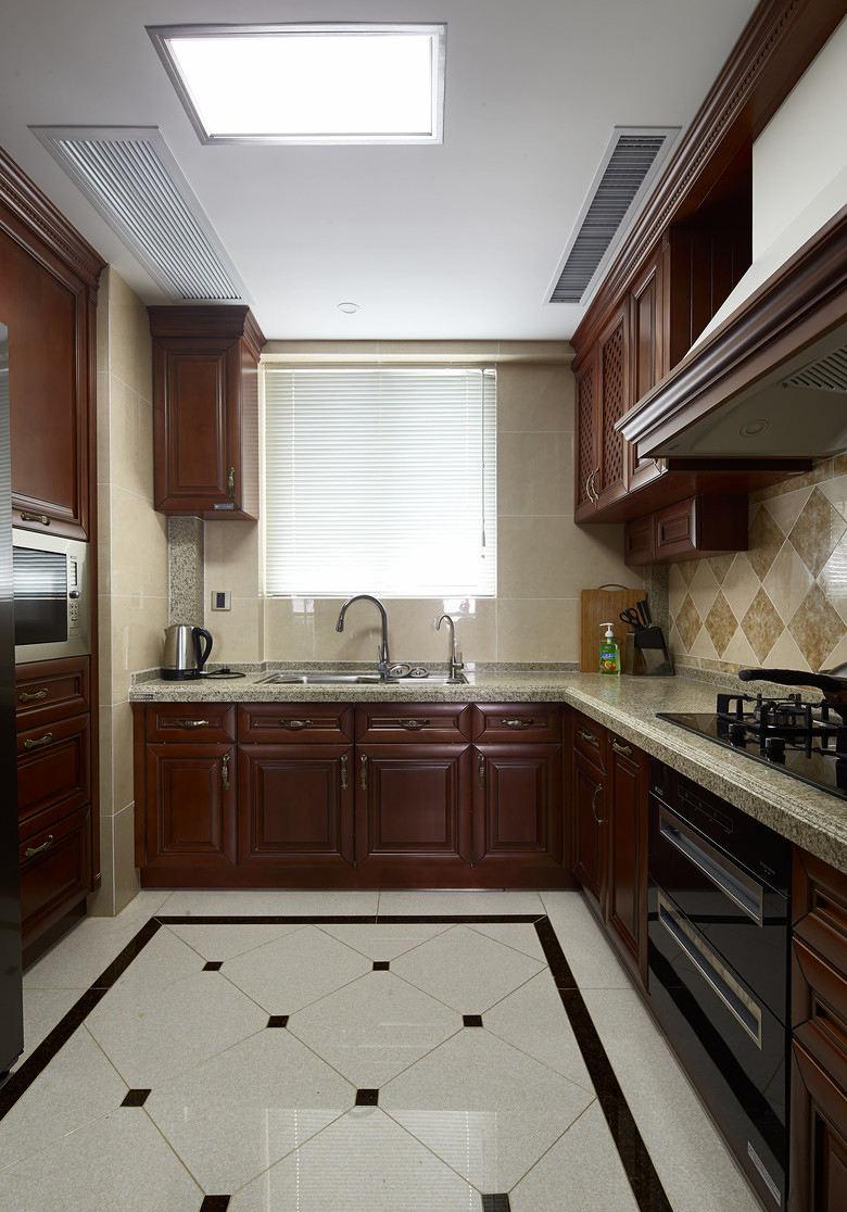 高端復古歐式廚房L型實木櫥柜裝飾設計
