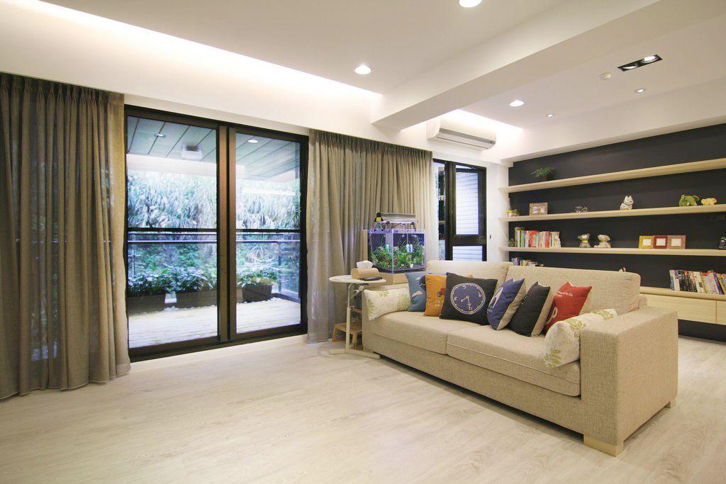 宜家现代风公寓客厅推拉门设计