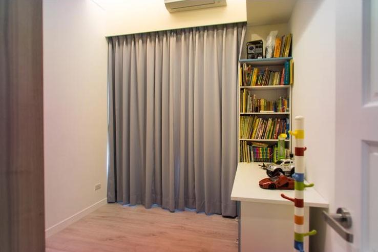 简约风格书房 灰色窗帘效果图
