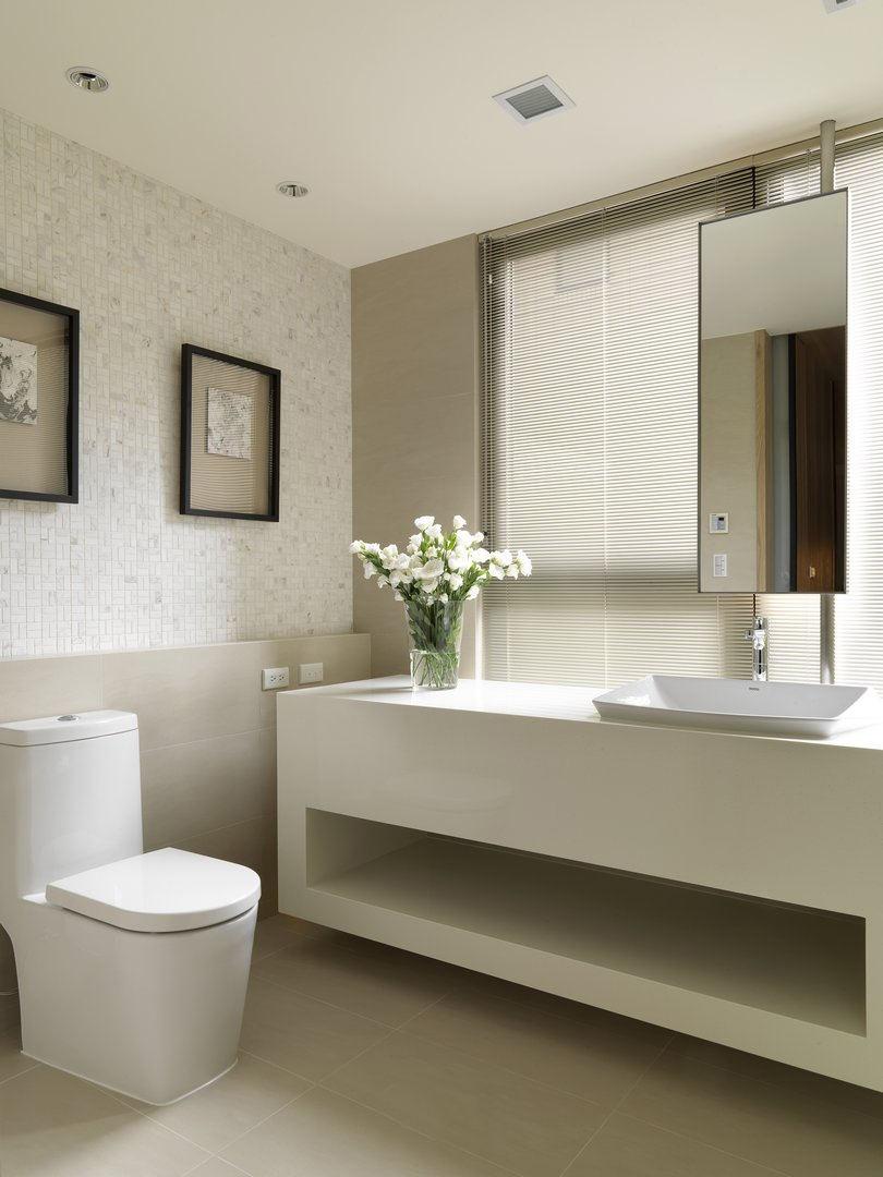 白色北欧风情家装卫生间装修效果图