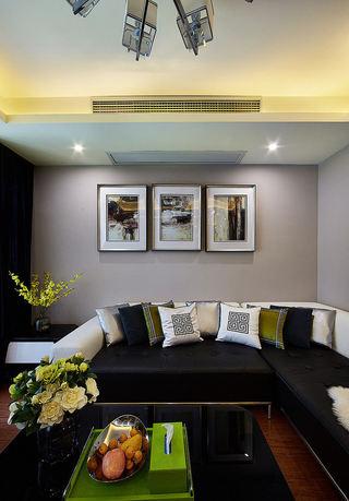 精致复古美式客厅照片墙装饰