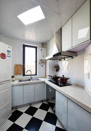 美式设计厨房装修图