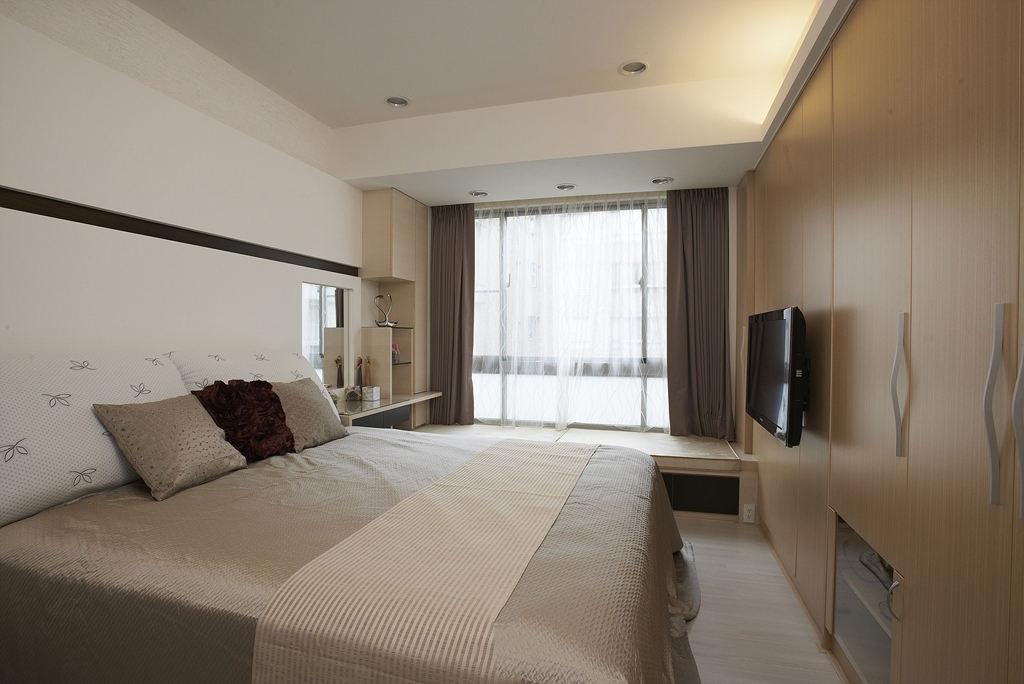 朴素清新时尚现代小户型卧室设计装潢图