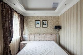 精致美式风格卧室窗帘装饰效果图