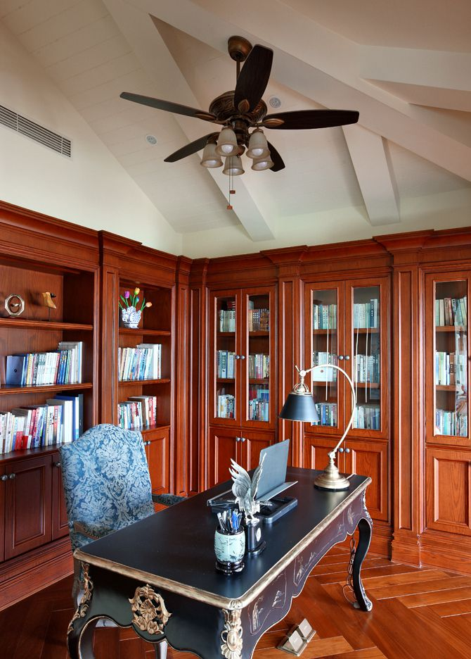 美式乡村风书房红木书柜欣赏