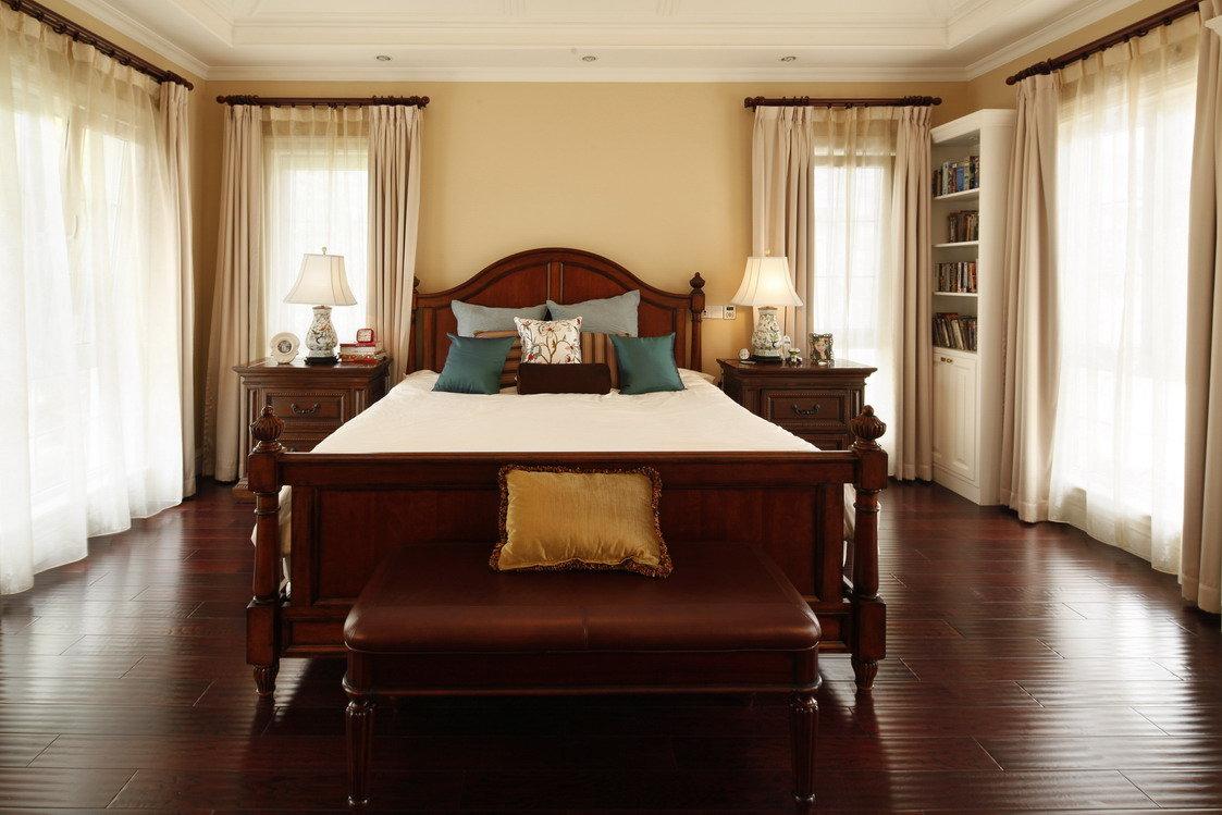 古典美式风格卧室红木家装图