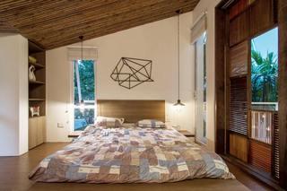 朴素自然现代风卧室图