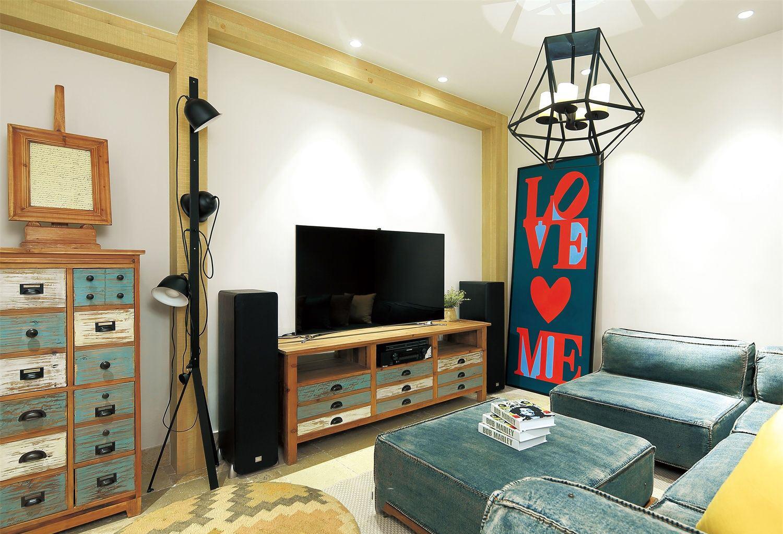 混搭时尚设计客厅吊灯装饰效果图