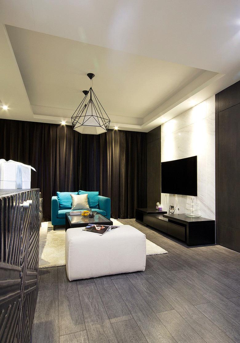 简约宜家风格 客厅黑色窗帘装饰图