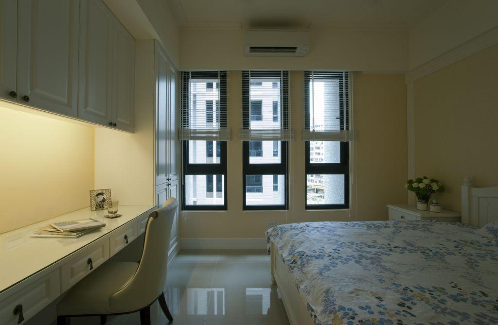 优雅清新现代卧室窗户效果图
