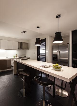 时尚现代简约厨房吧台设计