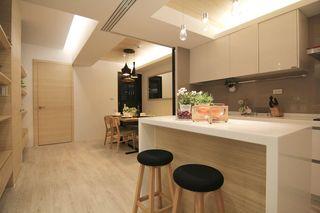 温馨宜家装修厨房吧台效果图