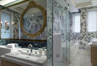 欧式新古典卫生间墙面设计