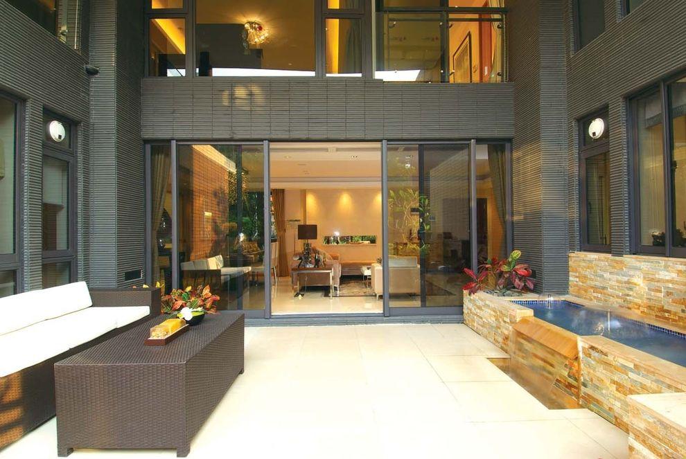 现代豪华别墅室外庭院喷池设计