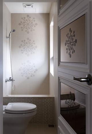 浪漫简欧风卫生间印花背景墙设计