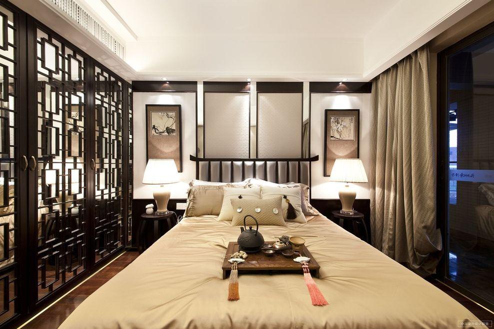 精美新中式黑檀木卧室雕花隔断设计