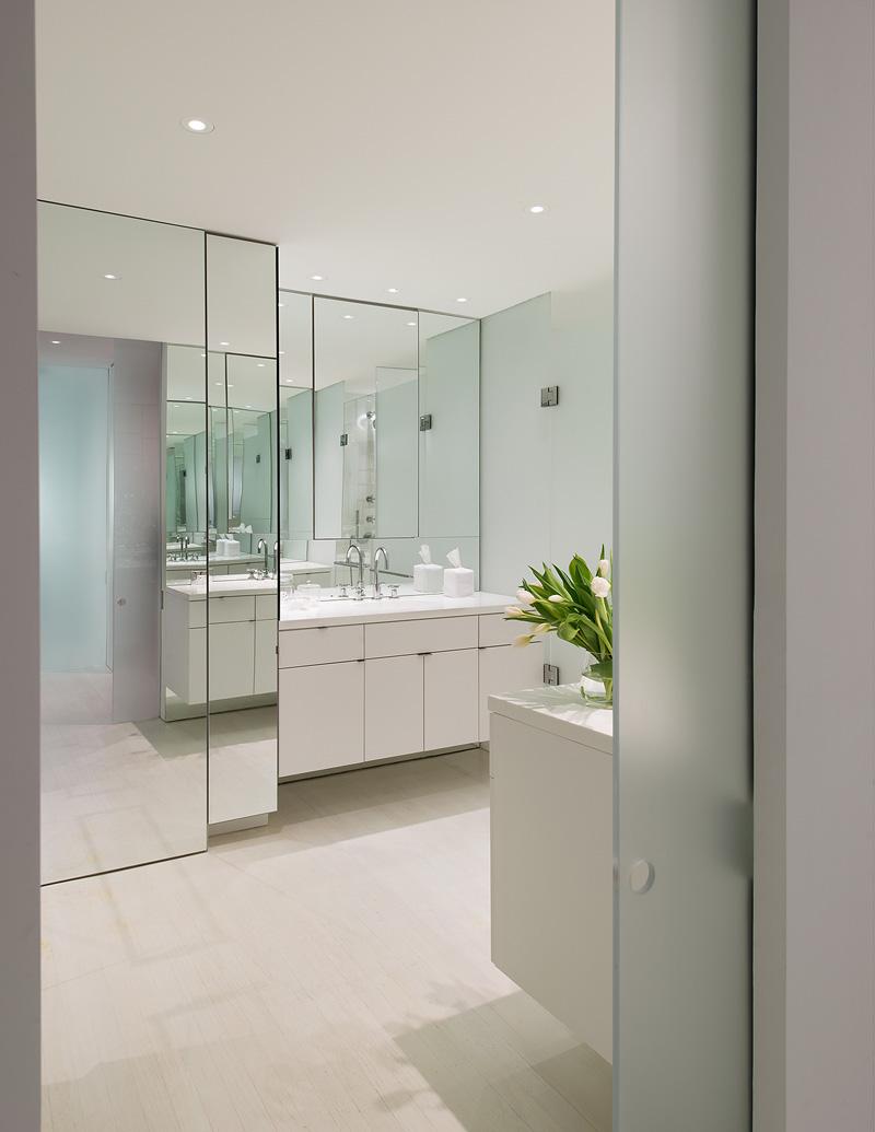 优雅纯净空间现代卫生间设计效果图