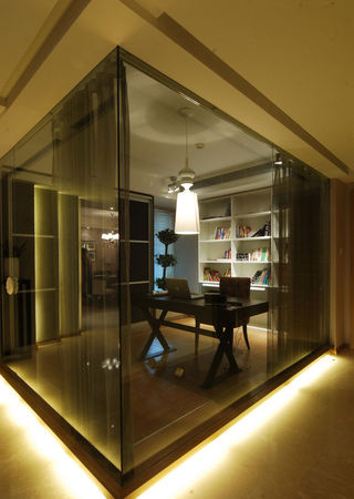 个性时尚现代书房透明黑玻璃隔断设计
