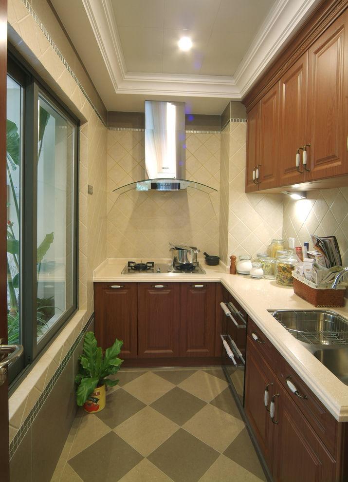 現代裝修廚房實木櫥柜設計