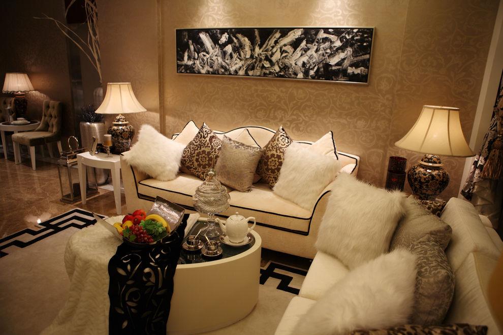 欧式风格客厅沙发靠垫装饰