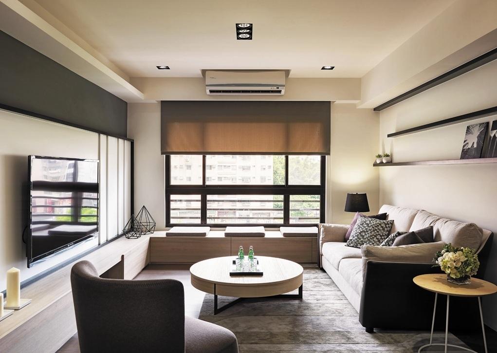 现代简约两居客厅装修图
