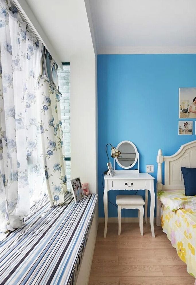 清爽浪漫地中海卧室带飘窗设计效果图