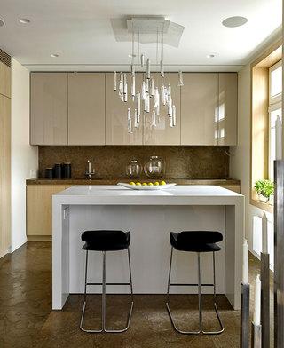 时尚简约莫斯科风格厨房吧台设计