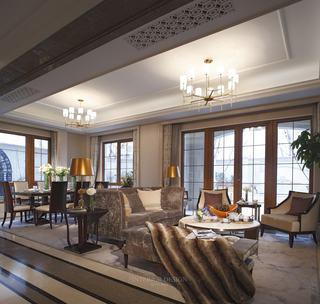 精致后现代美式别墅客餐厅吊顶设计