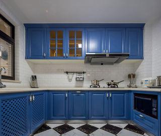 复古简欧风厨房宝石蓝U型橱柜设计