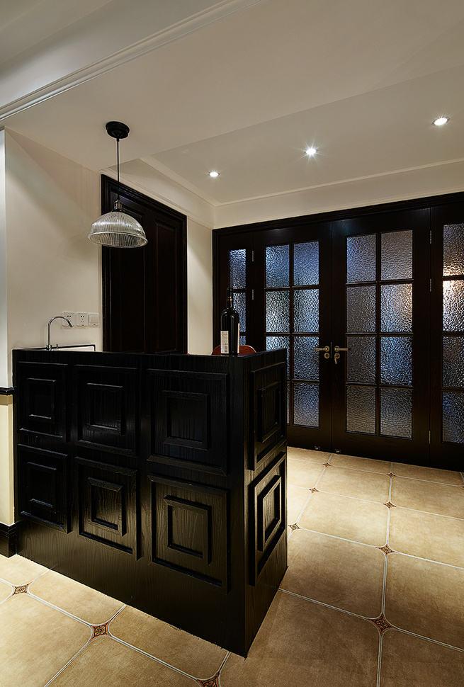 古典欧式家居黑色吧台设计