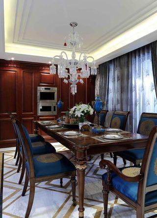 古典大气美式风格餐厅吊顶设计
