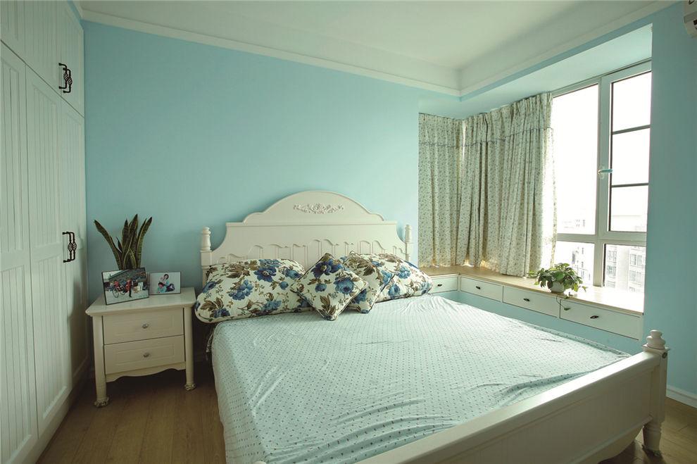 清新天蓝色简约北欧田园风卧室设计