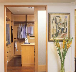 日式现代风格衣帽间衣柜设计