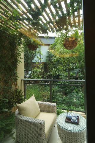 现代自然风阳台设计
