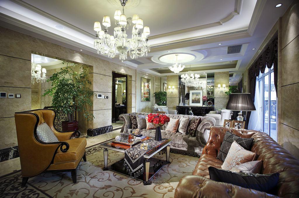 奢华后现代欧式客厅吊顶设计