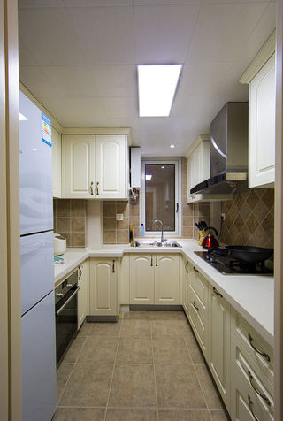 复古简约美式乡村风厨房U型橱柜设计