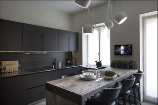 小資簡約主義廚餐廳黑色櫥柜設計