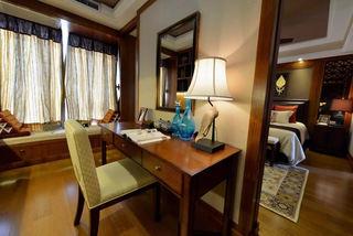 复古东南亚风情书房带飘窗设计