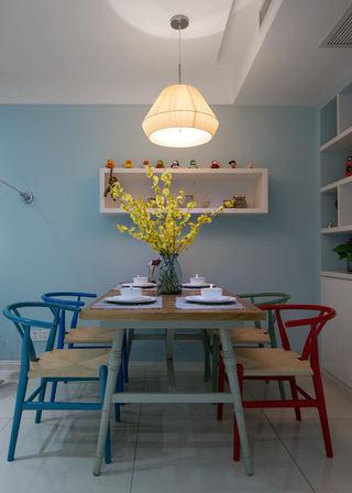 唯美浅蓝色北欧田园风餐厅木质桌椅设计