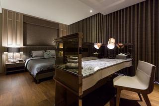 古典美式卧室梳妆台装饰图