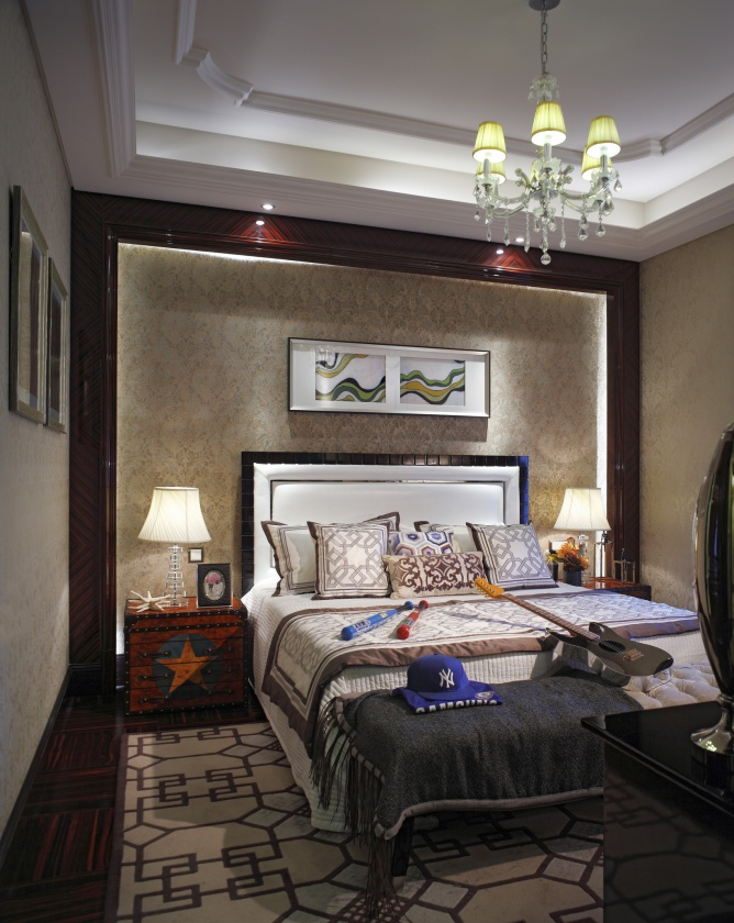 豪华新古典客厅背景墙装饰