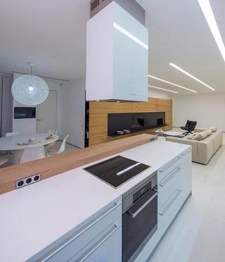 明亮简约乌克兰开放式公寓家居装饰设计