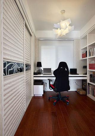 时尚简约现代 书房实木复合地板装饰图