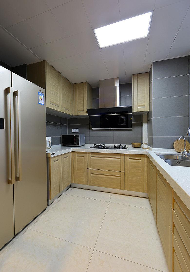 温馨宜家美式厨房设计U型橱柜效果图