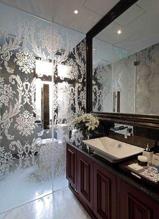 古典美式风格家居卫生间印花玻璃隔断效果图