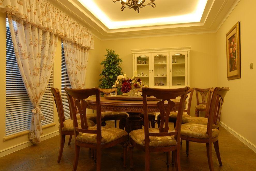 浪漫复古田园风格实木餐厅设计效果图