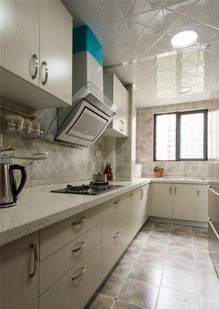 简约现代厨房装修图