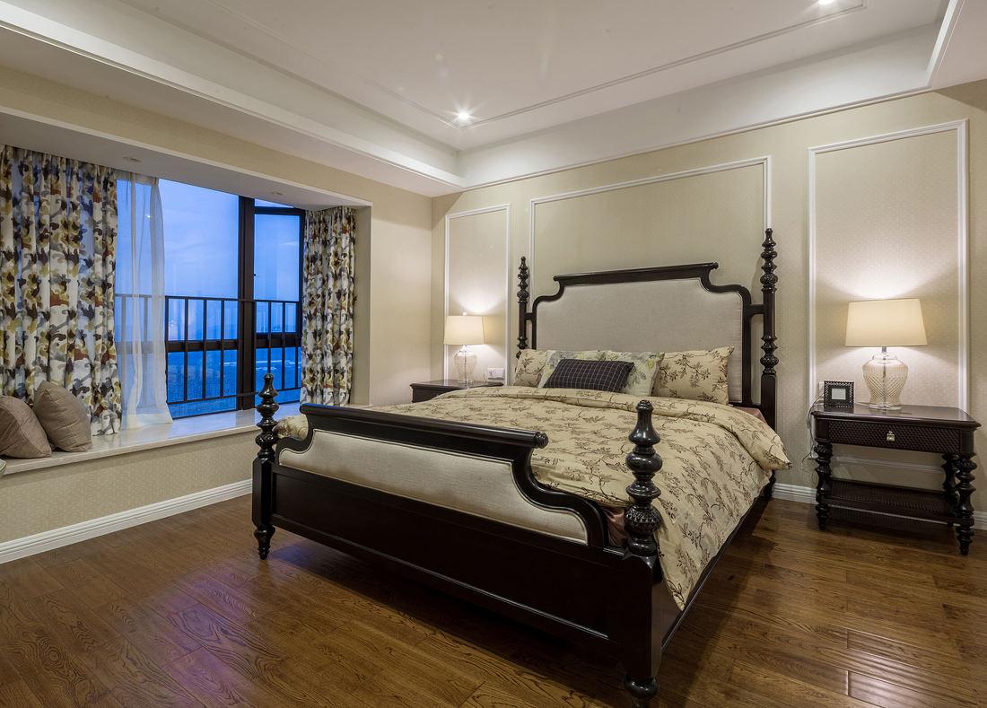 温馨素雅复古简欧卧室带飘窗设计欣赏